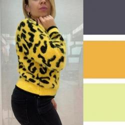 In generale il giallo si sposa alla perfezione con i toni più scuri ! Come il nero , ma anche il blu notte !  La scelta di indossare un capo giallo ?? Racchiude in se significati positivi connessi a speranza , felicità e ottimismo !