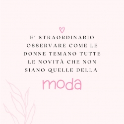 Noi non temiamo la moda; noi amiamo la moda! ❤️  #modadonna #moda #shopping #abbigliamentodonna #outfitinspiration #abbigliamento