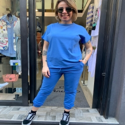 🌈 Shirt taglio asimmetrico s m l 10€ Pantalone tuta s m l 19€